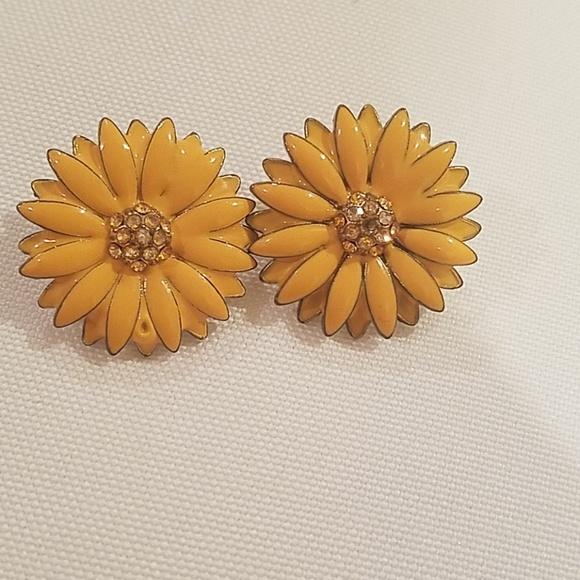 Jewelry yellow flower earrings poshmark m5b8224238ad2f9107f0673fe mightylinksfo